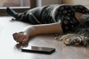 خودکشی پزشک زنان پس از مرگ زن باردار