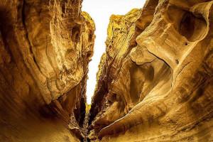 دانستنی های سفر به تنگه چاهکوه  افسانه ای شگفت انگیز
