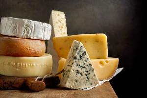 کدام پنیرها و با چه روشی قابلیت فریز شدن دارند ؟