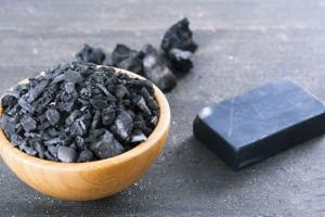 زغال فعال در بارداری : مزایا و معایب استفاده از کربن فعال در بارداری
