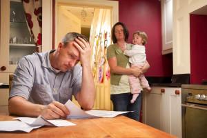 چگونه با فرزند در مورد مشکلات مالی صحبت کنیم ؟
