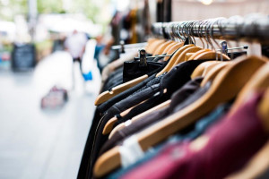 ۱۳ نکته طلایی برای انتخاب لباس های با کیفیت