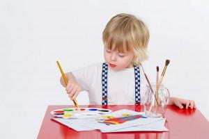 تفسیر نقاشی کودکان از نظر روانشناسی | تفسیر آدمک در نقاشی کودکان