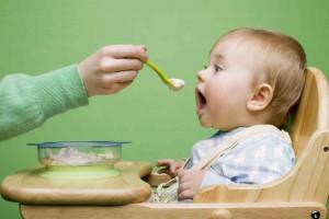 10 ماده غذایی که به راه افتادن کودک کمک می کند