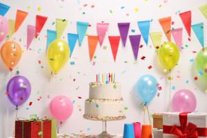 12 ایده فوق العاده جذاب برای تزیین تولد ساده و شیک