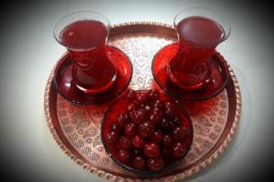 طرز تهیه چای آلبالو به 3 روش آسان