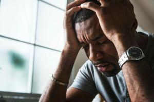 با اصلی ترین دلایل بروز افسردگی در مردان آشنا شوید