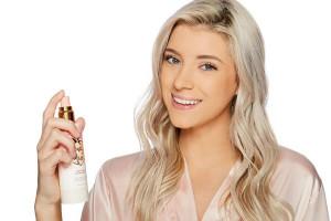 معرفی ۱۰ نمونه از جدیدترین تثبیت کننده آرایش از برندهای مختلف