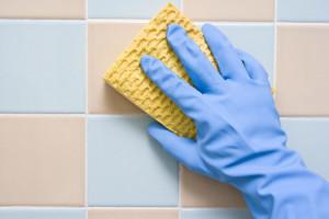 نحوه پاک کردن انواع دیوار در خانه تکانی عید نوروز