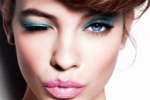 آموزش قدم به قدم آرایش شیک و لاکچری برای شب یلدا