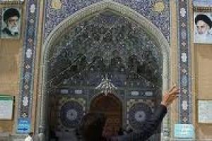با امام زمان (عج) مسجد مقدس جمکران را تعمیر مى کردیم