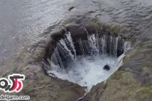 دریاچه عجیبی که ناگهان ناپدید و ظاهر می شود