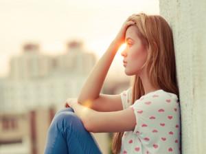 ۲۰ عکس جدید و با کیفیت تنهایی دخترانه برای پروفایل