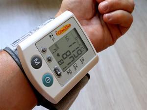 لیست قیمت دستگاه فشار سنج خون