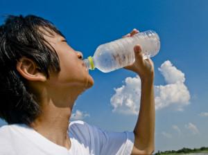 خشکی دهان: ۱۶ روش خانگی درمان دهان خشک (کلویید)