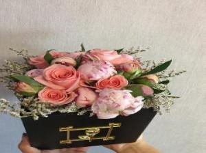 تزیین دسته گل مصنوعی - تزیین دسته گل ساده - آموزش تزیین دسته گل رز - تزیین دسته گل با کاغذ کادو