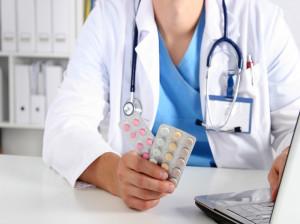 ۱۵ نوع قرص ضد بارداری همراه با نحوه مصرف