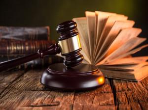 چگونه وکیل شوم ؟ راههای وکیل موفق شدن چیست ؟
