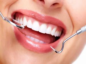 جراحی پیوند لثه | پیوند لثه چند نوع دارد و چگونه انجام میشود ؟