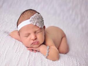اسم دختر با ن : ۱۸۸ اسم زیبای دخترانه که با (ن) شروع میشوند