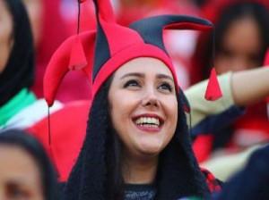 تصاویر حضور زنان در ورزشگاه آزادی ( پرسپولیس - کاشیما )
