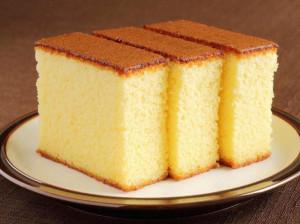 طرز تهیه چند نوع کیک ساده وانیلی اسفنجی با شیر و پف زیاد