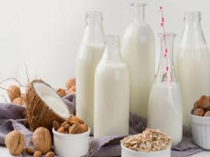 آشنایی با خواص و طرز تهیهی شیرهای گیاهی