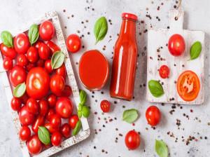 فواید و مضرات آب گوجه فرنگی چیست؟