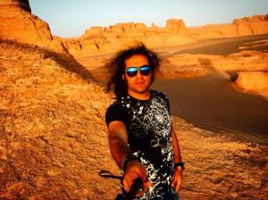 بیوگرافی رضا یزدانی خواننده سبک راک + عکس همسر و دخترش