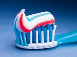 چه خمیر دندانی بخریم ؟