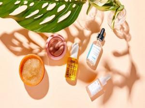 آشنایی با بهترین روش ها برای مراقبت از پوست در فصل تابستان