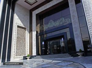 آیا رزرو هتل درویشی تور مشهد را ارزان می کند؟