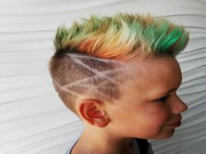 رنگ کردن موی کودکان چه خطراتی دارد؟