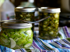 خواص ترشی فلفل در 10 مورد + مواد مغذی و طرز تهیه