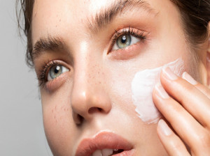 معرفی چند کرم ضد لک و روشن کننده پوست