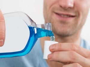 آیا خوردن دهان شویه ضرر دارد؟
