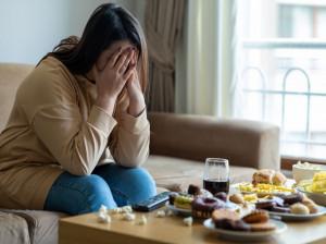 پلی فاژی یا پرخوری بیمار گونه چیست و راه های درمان آن چیست؟