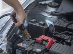 دلایل ترکیدن باتری خودرو چیست ؟