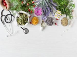 بهترین داروهای گیاهی خلط آور و روشهای خانگی برای از بین بردن خلط گلو