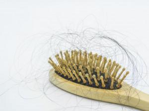 10 علت اصلی نازک شدن موی سر