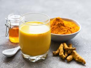 اسموتی زنجبیل و طرز تهیه این نوشیدنی دلچسب در فصل سرما