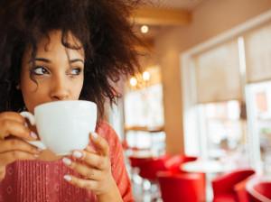 نشانه های اعتیاد به چای در افراد چیست؟