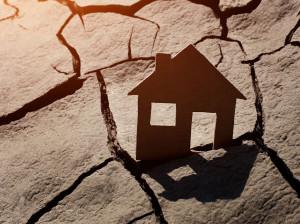 هنگام وقوع زلزله امنترین پناهگاه کجاست؟