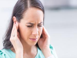 3 خطر جدی ماندن آب در داخل گوش