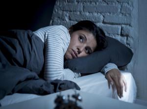 آیا بی خوابی در شب باعث اضافه وزن می شود؟