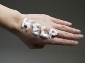 چگونه می توان لک های قهوه ای روی دست را از بین برد؟