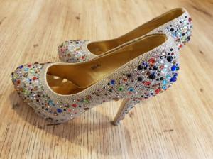 مدل کفش مجلسی نگین دار ۲۰۲۰ - ۹۹ بسیار شیک برای خانمهای با کلاس