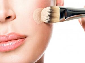 علت ماسیدن کرم پودر روی پوست صورت چیست ؟