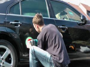 چگونه خراش و خط افتادگی روی خودرو را ترمیم کنیم ؟