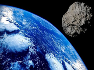 سیارکی به بزرگی برج ایفل در حال نزدیک شدن به زمین